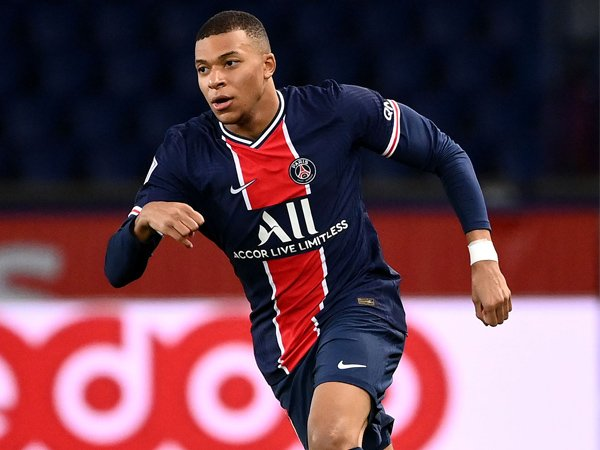Chuyển nhượng tối 28/10: PSG thực hiện kế hoạch giữ chân Mbappe