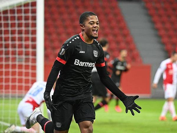 Chuyển nhượng 11/12: 4 ông lớn NHA theo đuổi SAO Bayer Leverkusen